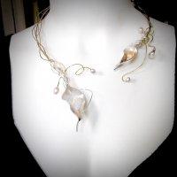 Cascara - zilveren collier met parels en opaal -