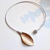 Folha Dourada I - Collier met brons en zilver -