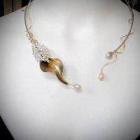 Ucella - Zilveren spang met filigrain en parels -