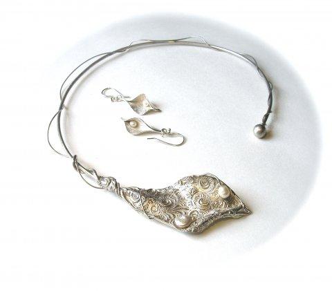 Lujuria - Zilveren statement hanger met parels - Collier
