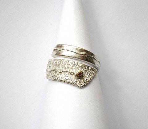 Rubisse - Zilveren ring met robijn - Ringen