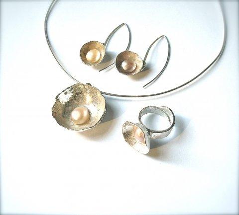 Treasure - zilveren set met pareltjes - Collier