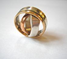Zilveren design trouwringen - elegant en prachtig glanzend - uniek ontwerp - handgemaakt -