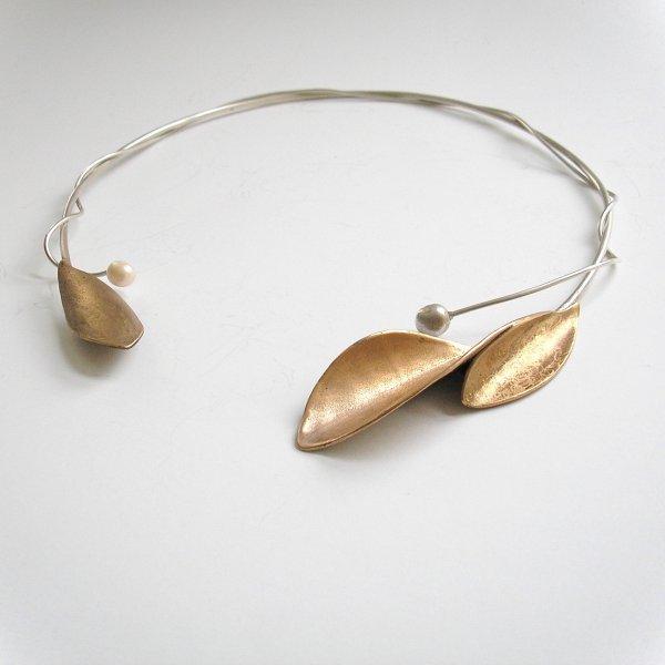 Doblada - Goudkleurige hanger aan spang -