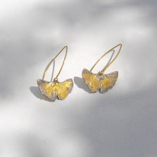 Ginko Lungo - Zilveren oorhangers  met goud -