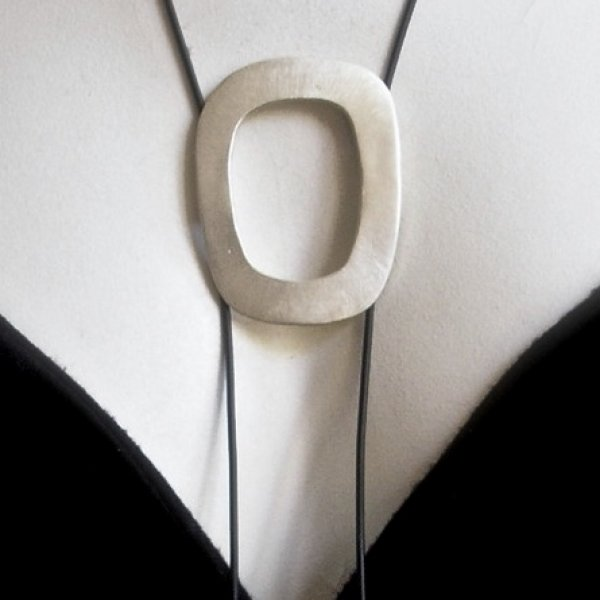 Lindo - Moderne zilveren designhanger -