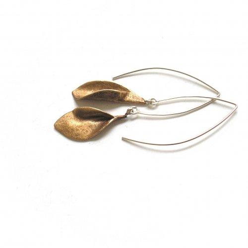 Doblada - Goudkleurige oorhangers -