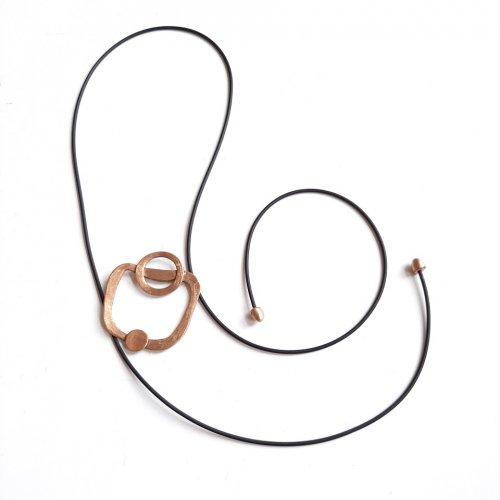 Cupru - Goudkleurige hanger aan zwarte veter -