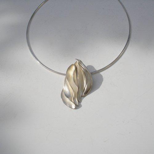 More Passion - Zilveren hanger -