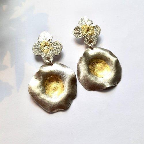 Morning Glory - Zilveren oorbellen met goud -