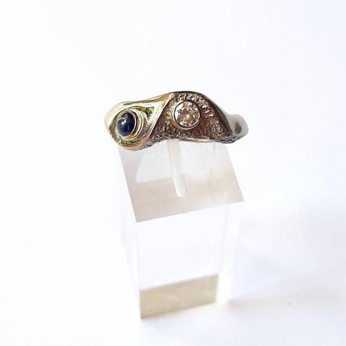 White Gold - Wit gouden ring met saffier en diamant -